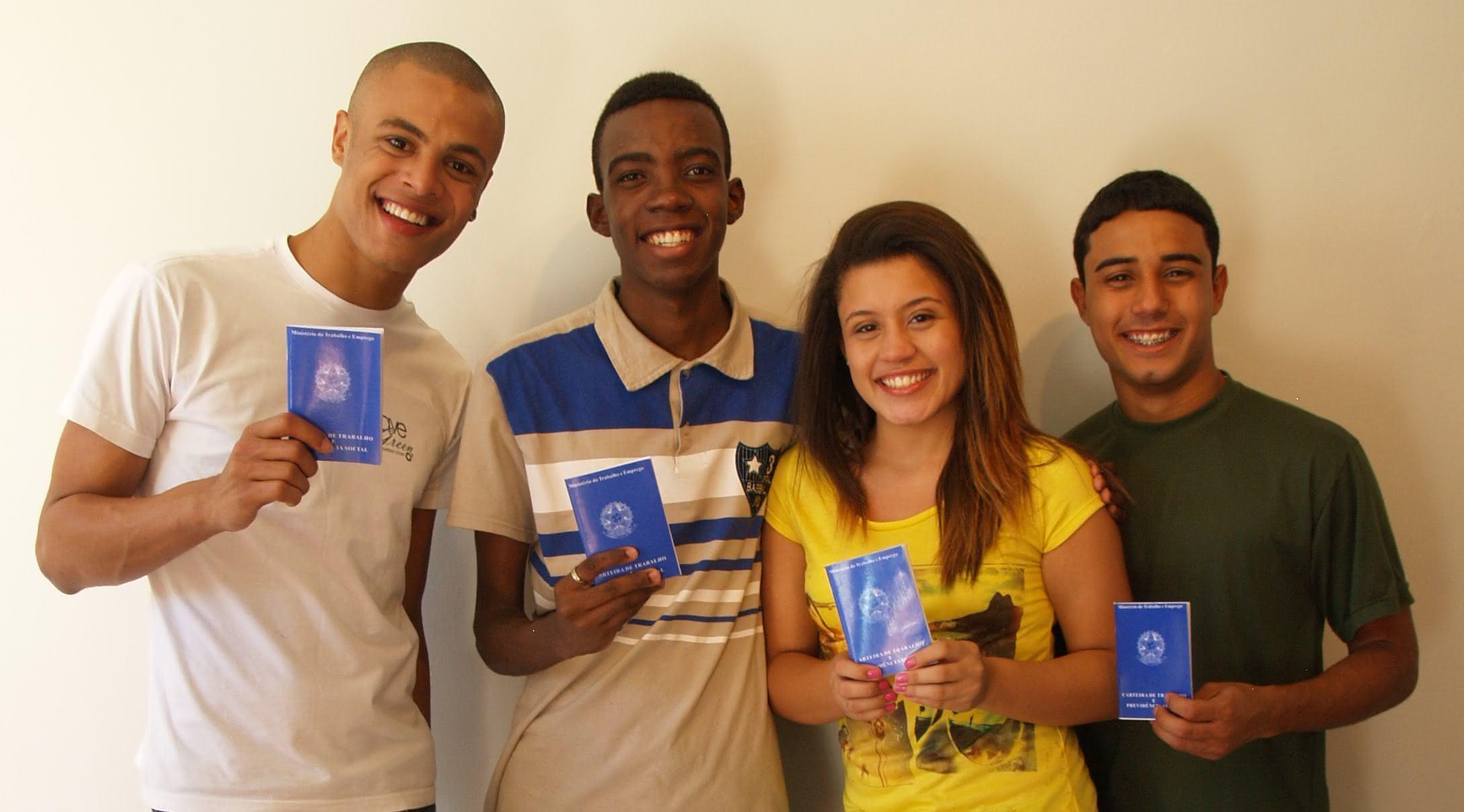 Resultado de imagem para Programa Adolescente Aprendiz na Caixa Econômica Federal